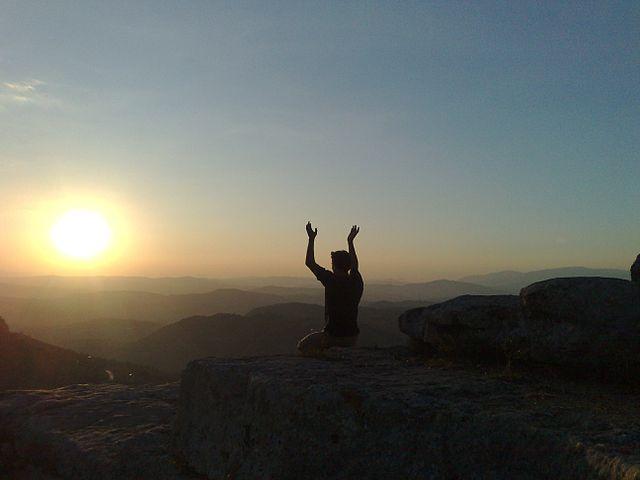 640px-Pagan_meditation